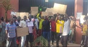 Centrafrique : Les couturiers engagés par le Projet Londo+ pour la fabrication de masques réclament le paiement de leur reliquat