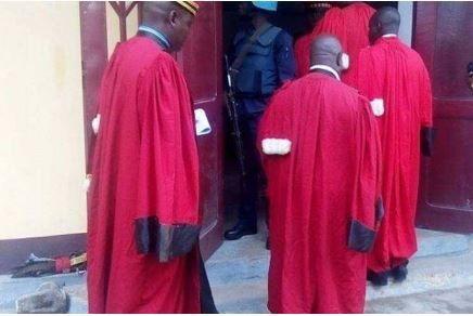 Centrafrique : Neuf personnes condamnées par la Cour Martiale au cours de son à Bangui